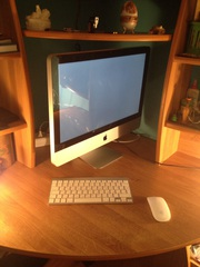 Продам iMac 2011